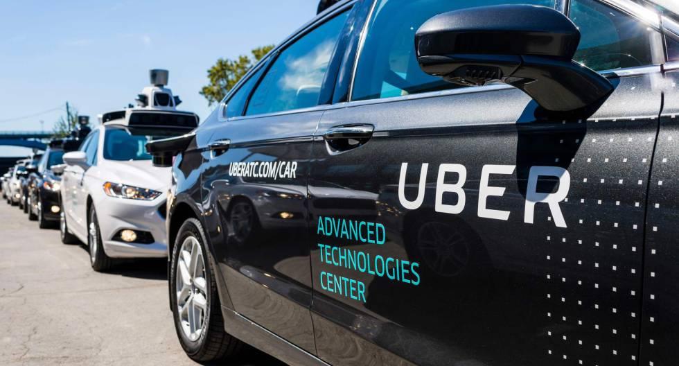 Toyota se alía con Uber en el negocio de vehículos sin chofer