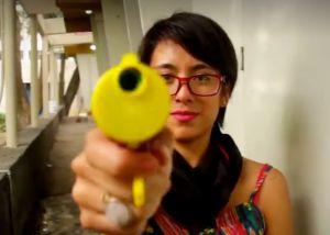 As mexicanas que combatem o machismo com confete e punk