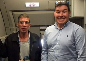 """Britânico achou que seria uma boa ideia tirar """"selfie"""" com sequestrador"""