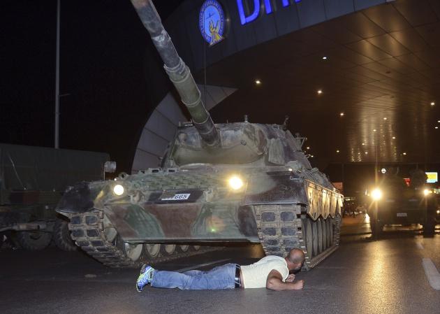 Foto tomada en las cercanías del aeropuerto Atatürk de Estambul