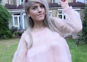 Fãs de youtuber britânica mobilizam polícia por suspeita de maus-tratos