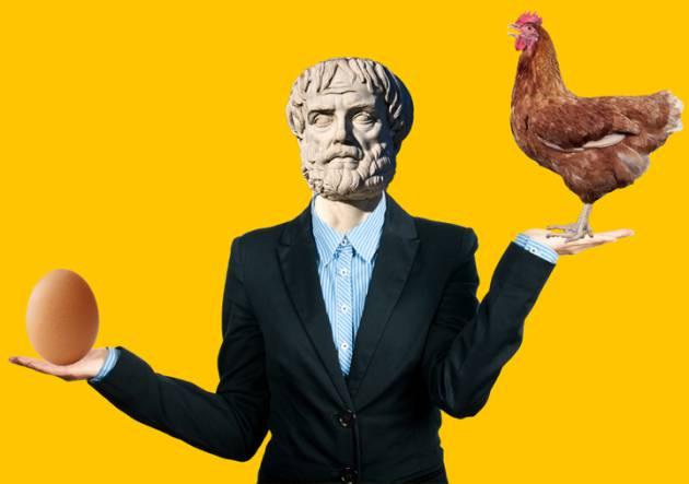 Aristóteles decidiéndose entre el huevo y la gallina