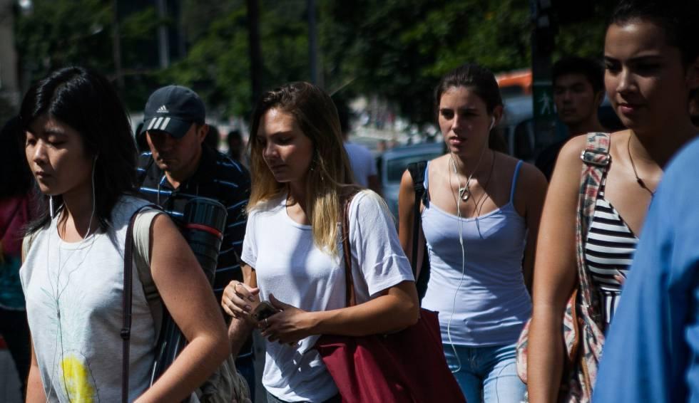 Novatos na crise: jovens brasileiros enfrentam pela primeira vez uma recessão e um impeachment