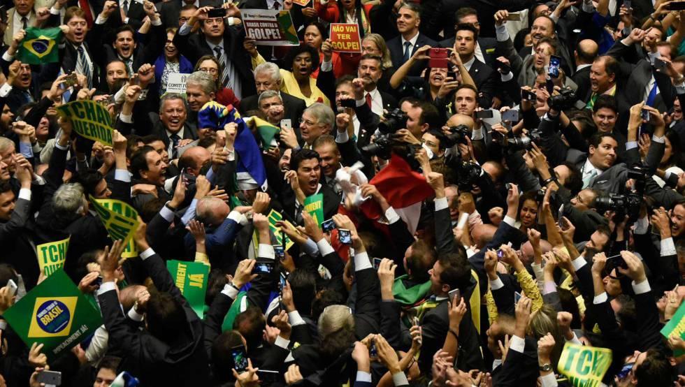 Dos 513 deputados na Câmara do Brasil, só 36 foram eleitos com votos próprios. Por quê?