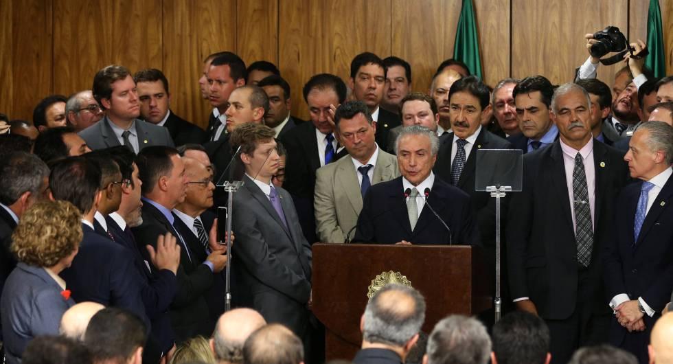 O Brasil em crise - cover