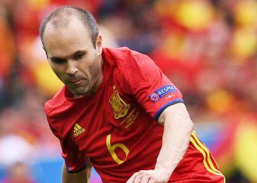 b5b6a89e0e Espanha fura a retranca tcheca e estreia com vitória na Eurocopa