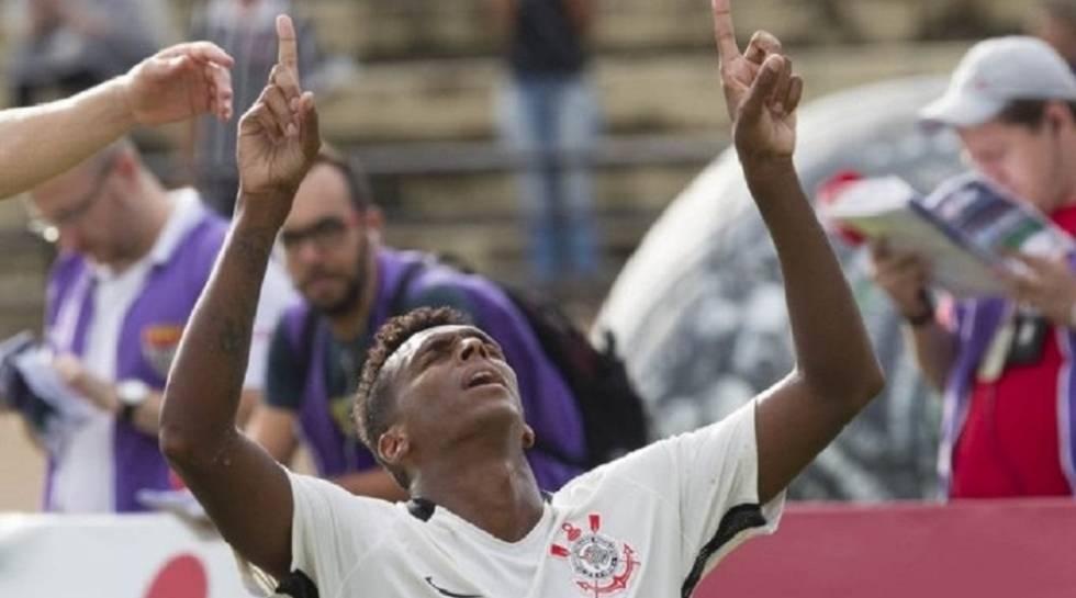 86e49a1a6ebfe Corinthians vence o Palmeiras por 1 a 0 com gol no fim e jogo polêmico