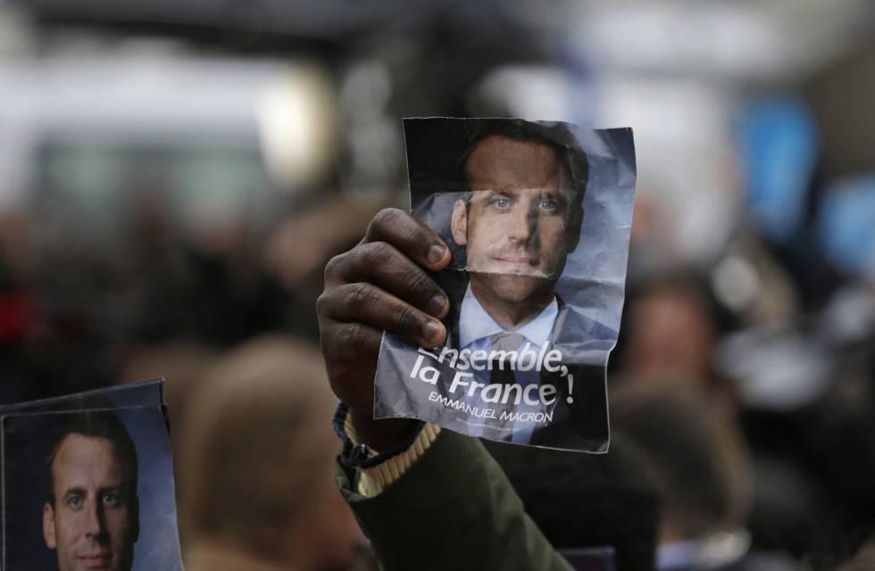 167bdab624 Macron