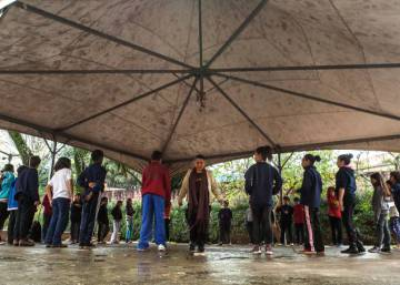 Alunos do lado de fora: como a escola Amorim Lima virou referência no país