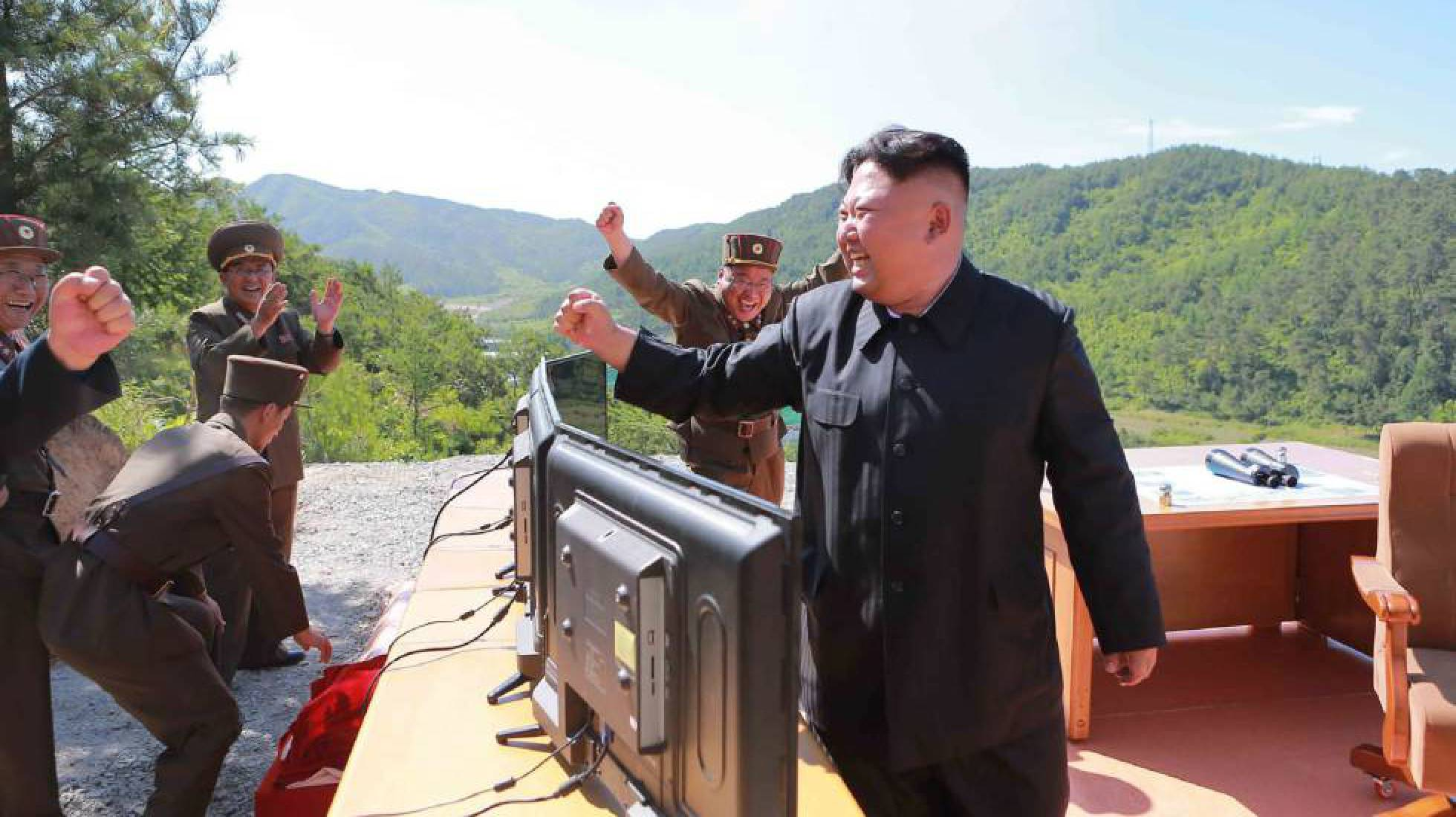 Trump alerta a China de que está disposto a agir por conta própria com a Coreia do Norte