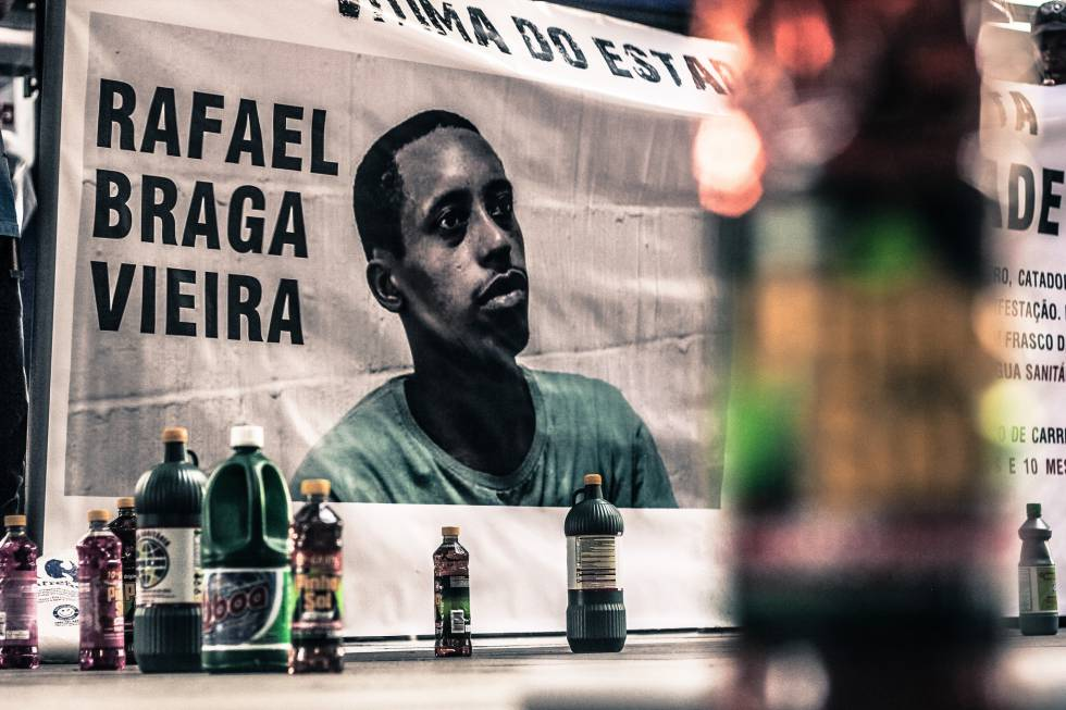 O morador de rua Rafael Braga, preso durante os protestos de 2013, foi condenado a 11 anos de prisão por tráfico