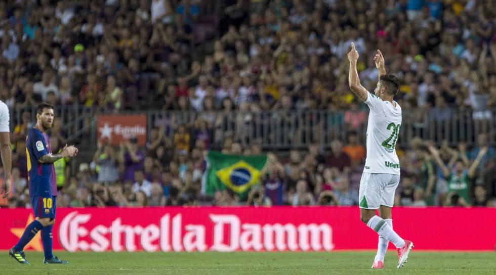 Barcelona goleia a Chapecoense por 5 x 0 e conquista o Troféu Joan Gamper 620d099545bbf