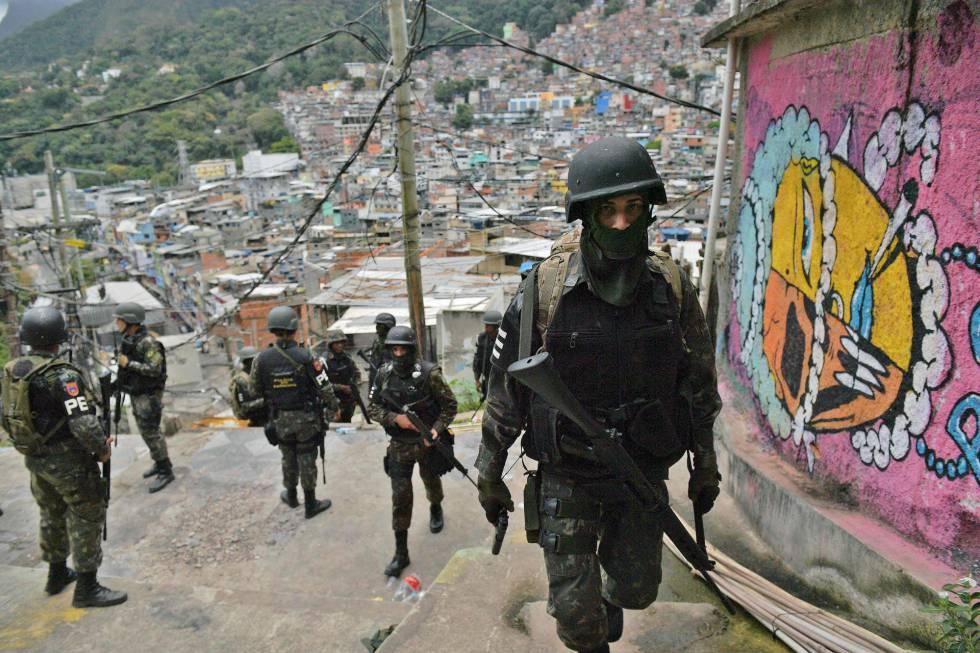 A democracia brasileira precisa tratar com seriedade as Forças Armadas