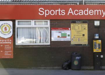Escândalo de abuso sexual abala o futebol inglês