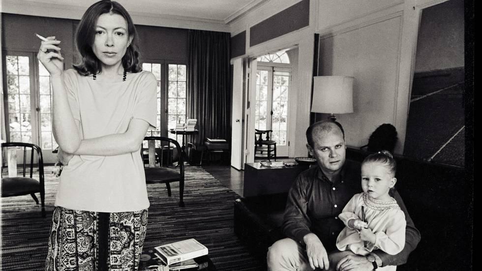 Jan Didion, seu marido e filha em sua casa de Los Angeles em 1968