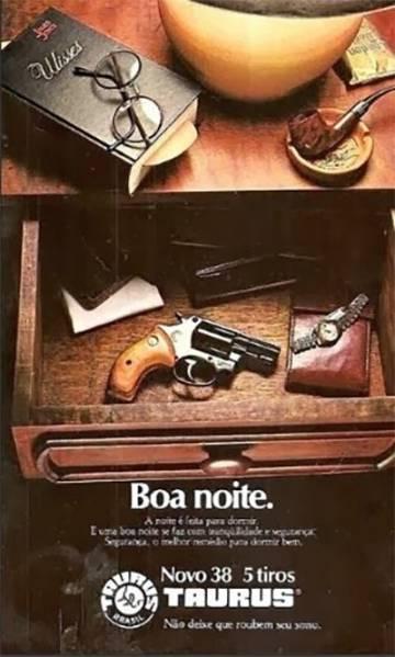 Anúncio de armas nos anos de 1980.