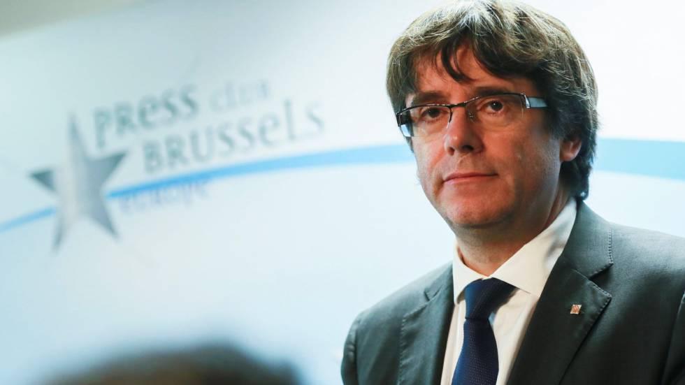 """Líder da Catalunha diz que só volta à Espanha se houver """"garantias de um processo justo"""""""