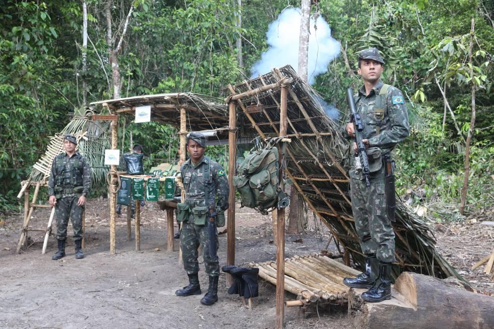 Brasil invita a EE UU a maniobras militares conjuntas en la Amazonia |  Internacional | EL PAÍS