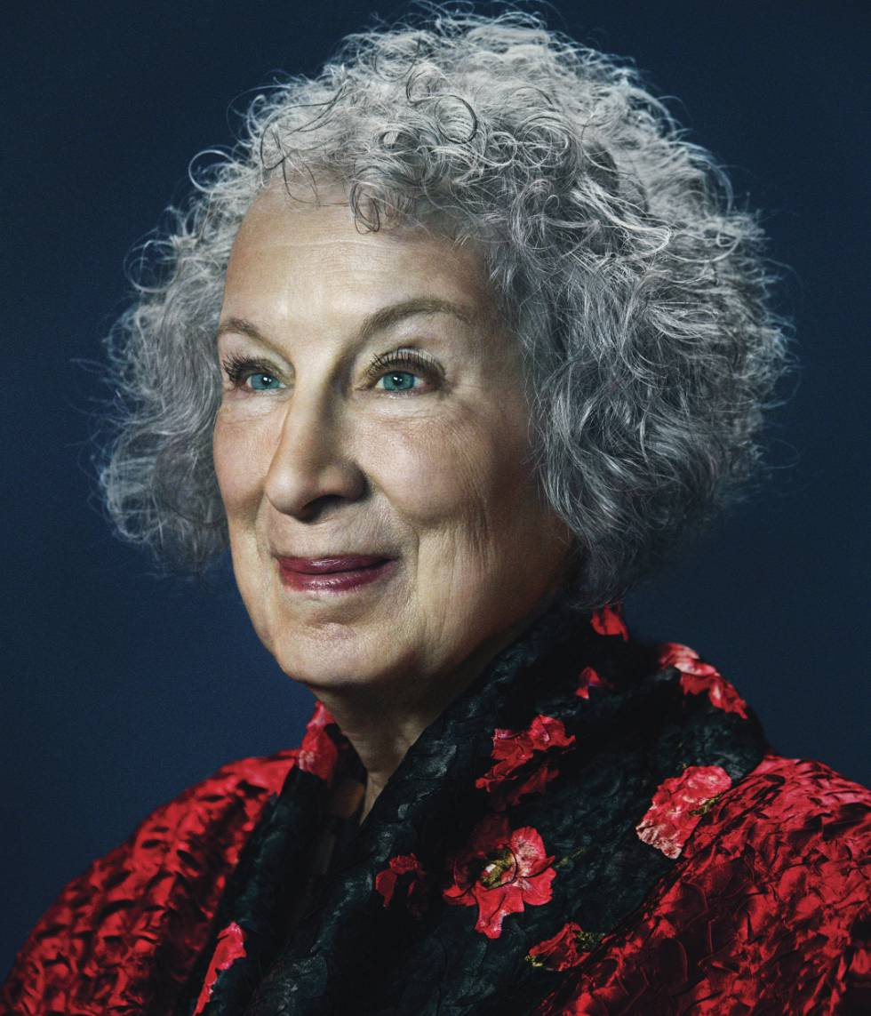 """Margaret Atwood: """"Gosto de alternar entre velha bruxa e anciã sábia"""""""