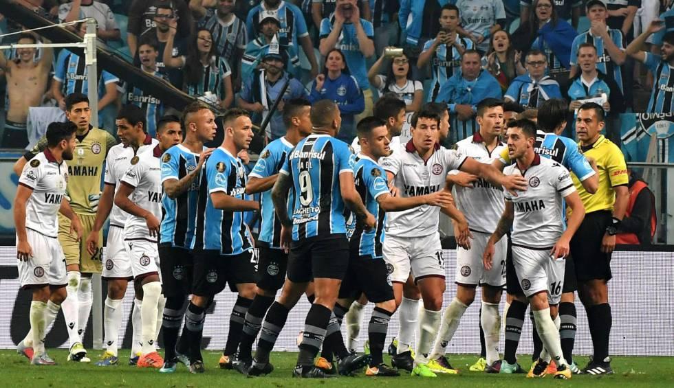 bc96c2dedb Lanús x Grêmio  Um intruso e um tradicional decidem a Copa ...