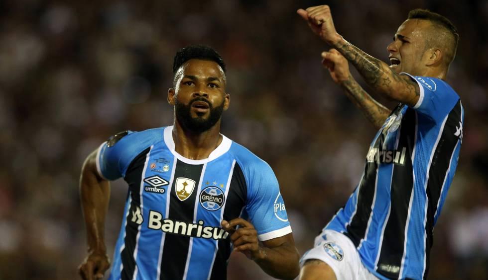 Tricampeão da Libertadores  Grêmio 77621ce4a1bdd
