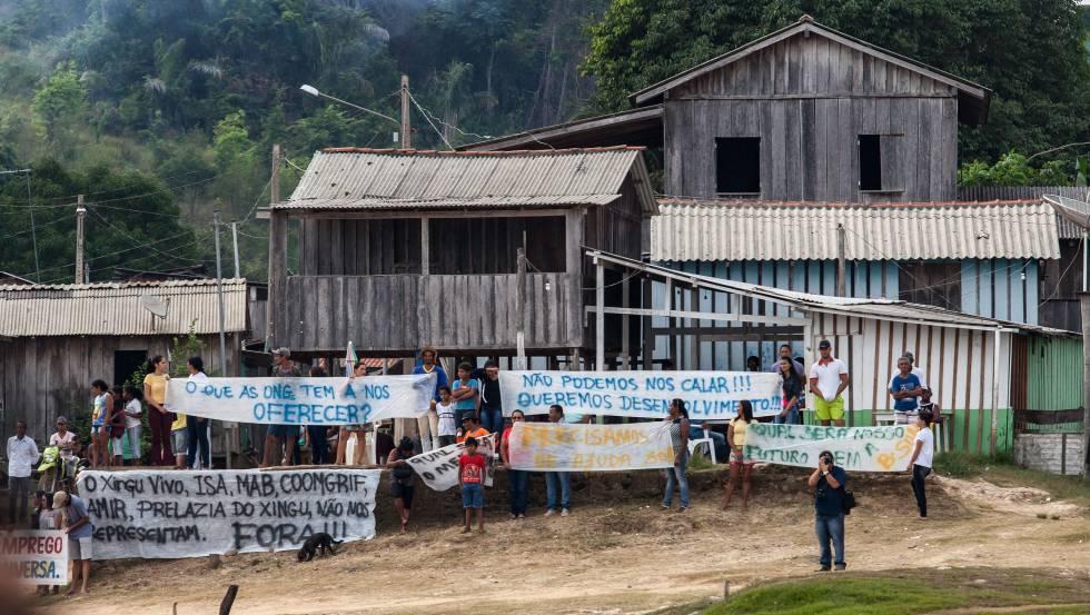 Em 23 de novembro, organizações ambientais e de direitos humanos foram recebidas com hostilidade por parte dos moradores da vila da Ressaca, na Volta Grande do Xingu, em audiência pública para discutir Belo Sun