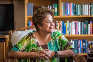 """Dilma Rousseff: """"Por que vamos ter um plano B a Lula? Para gáudio dos golpistas?"""""""