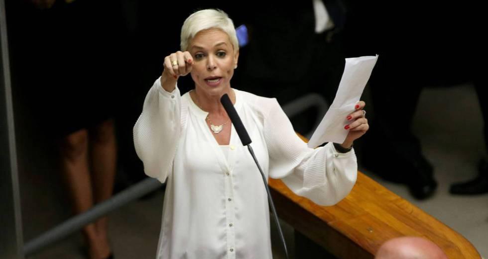 Cristiane Brasil discursa na Câmara