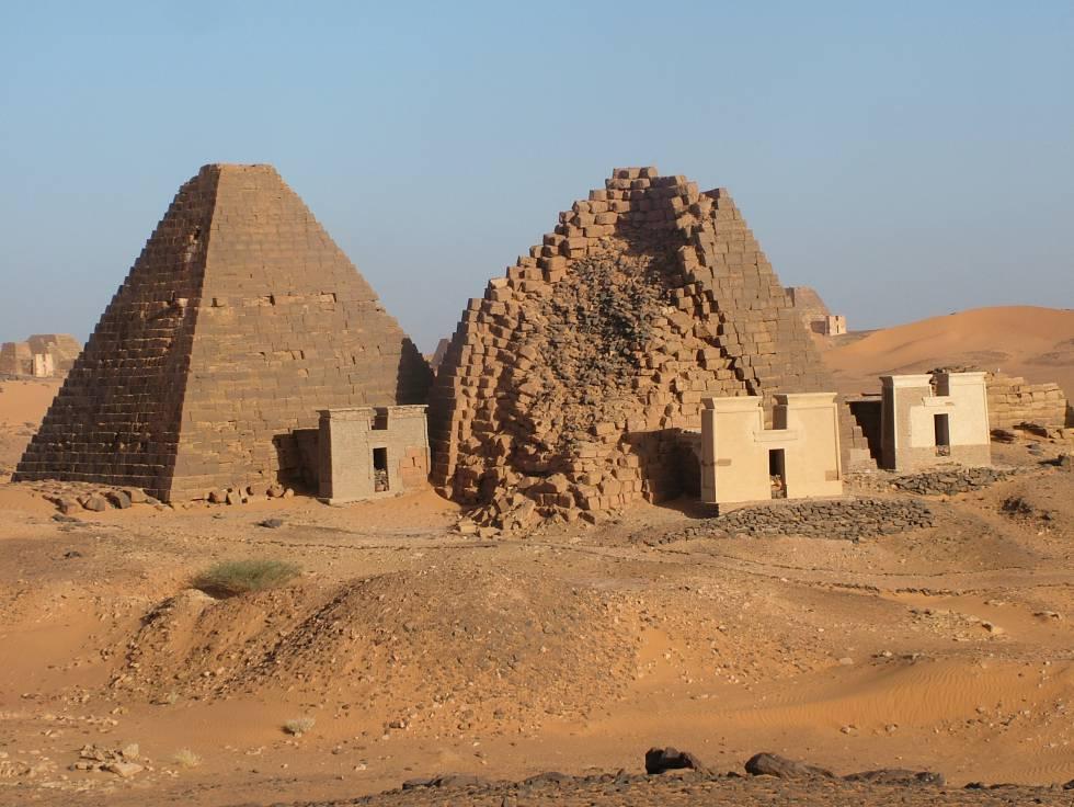 A pirâmide de Meroe, que celebra dos faraós negros, está na lista de Patrimônio Mundial da Unesco.