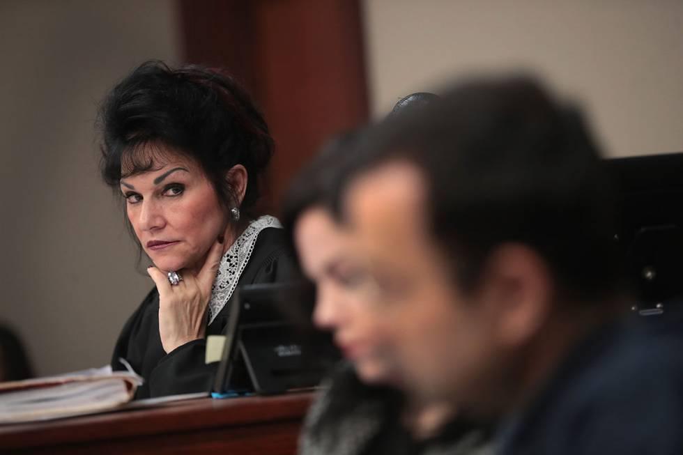 A juíza Rosemarie Aquilina, que ficou famosa internacionalmente por causa de sua postura no julgamento de Nassar.