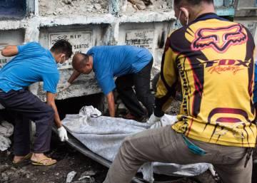 Guerra contra as drogas nas Filipinas avança a um ritmo de mil mortos por mês