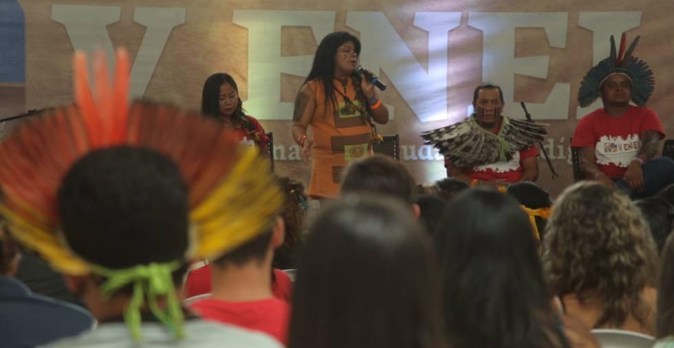 Os jovens indígenas querem incluir o debate LGBT em sua luta