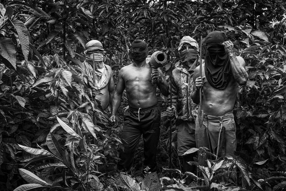 Resultado de imagem para Indígenas em pé de guerra: a batalha pela Amazônia no Equador