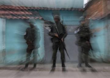 Apontadas como suspeitas pela execução de Marielle, milícias atuam no Rio sem serem incomodadas
