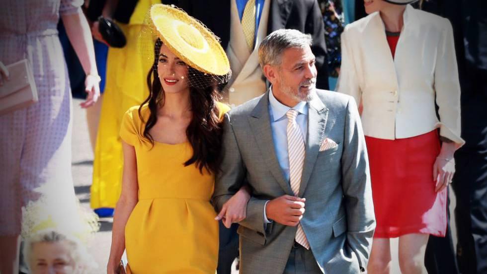George e Amal Clooney, ao chegarem ao casamento.