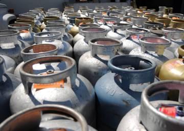 Se a inflação caiu, por que o gás de cozinha e a gasolina subiram tanto no Brasil?