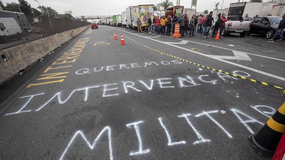 Resultado de imagem para A perigosa miragem de uma solução militar para a crise do Brasil