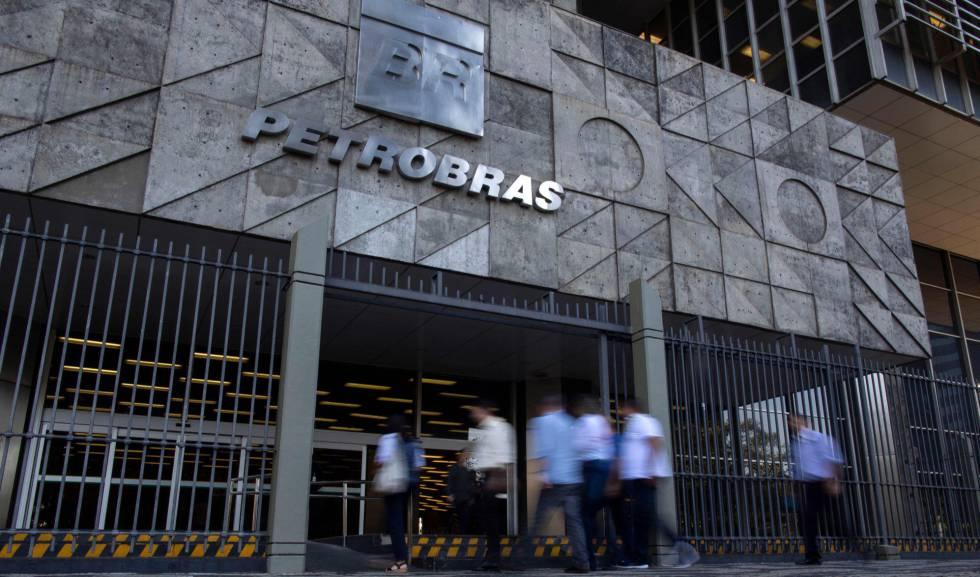 Pedro Parente pede demissão da Petrobras