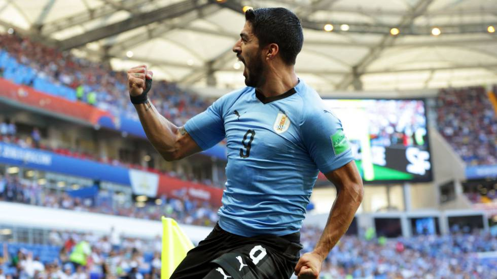 7e1bd6f8b528a Gol de Suárez garante Uruguai nas oitavas de final da Copa do Mundo ...