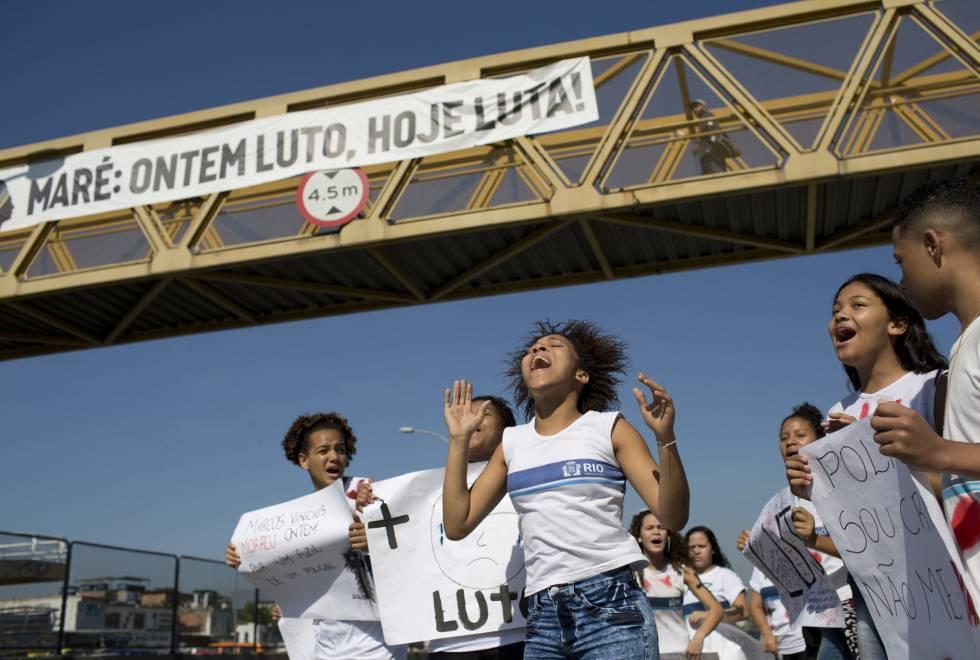 Colegas de Marcos Vinícius se manifestam nesta quinta, na Maré.