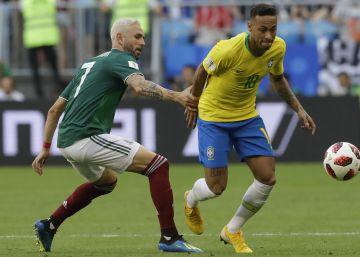 5182ce32aa Brasil 2 x 0 México  as imagens do jogo que levou a seleção às quartas