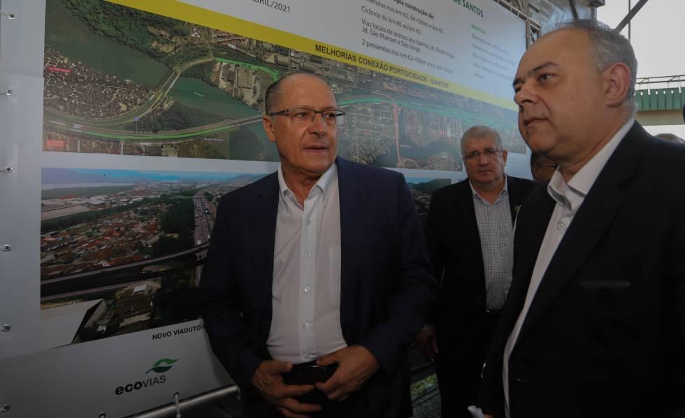 Alckmin com Laurence Lourenço em evento em Sato, em abril.