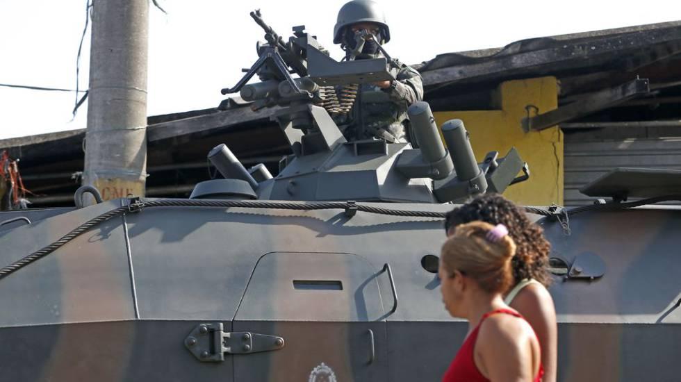 Intervenção tem investido em operações como essa no Complexo do Lins, zona norte