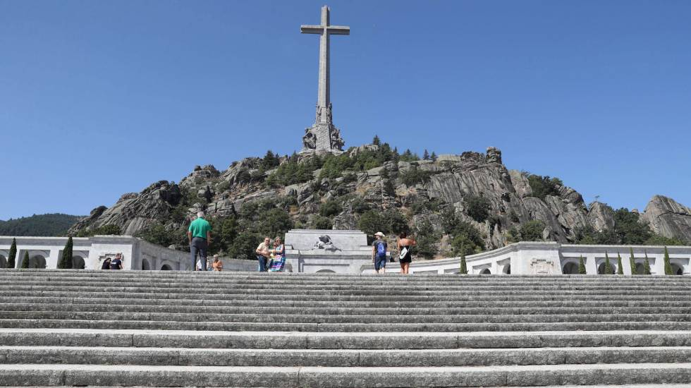 Vista geral do monumento Vale dos Caídos, de onde serão retirados os restos mortais do ditador Francisco Francorn