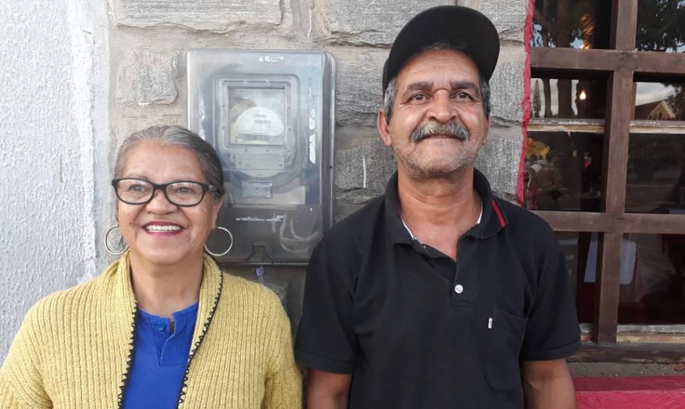 O casal Crisalda Barbosa e Raimundo Rodrigues em Garanhuns.