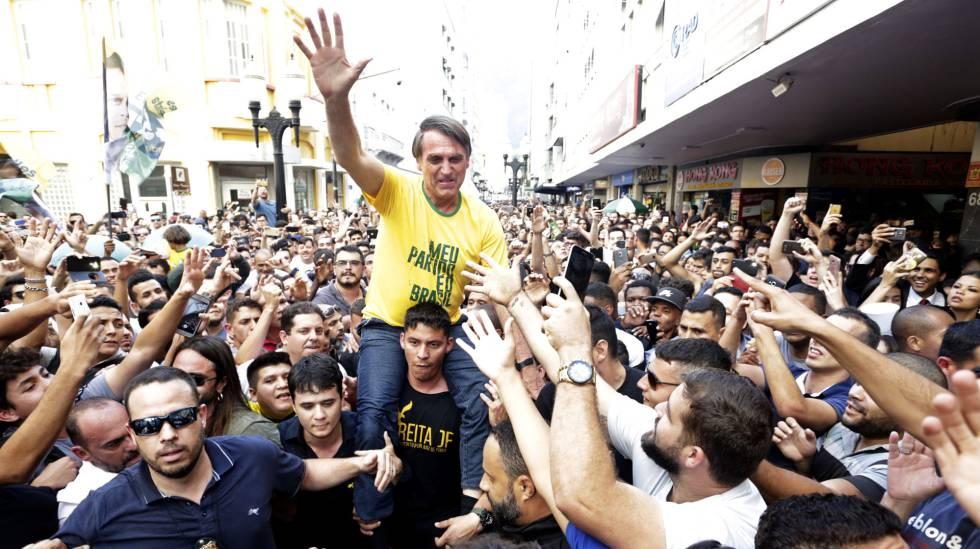 Resultado de imagem para bolsonaro e multidão