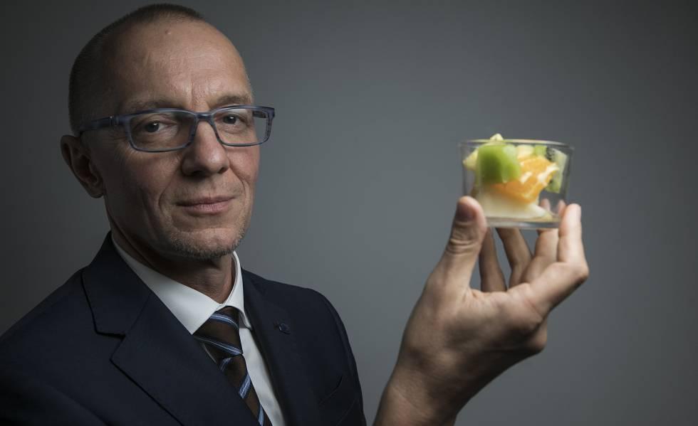 O austríaco Bernhard Url, diretor da Agência Europeia de Segurança Alimentar, antes da entrevista.