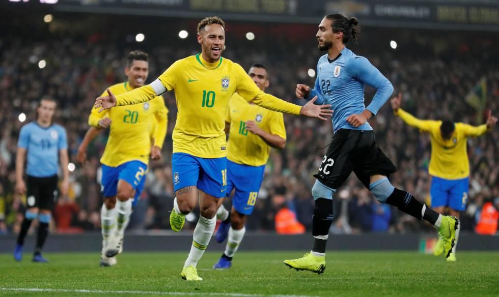 Brasil vence o Uruguai com gol de pênalti de Neymar  9571160cfe0f1