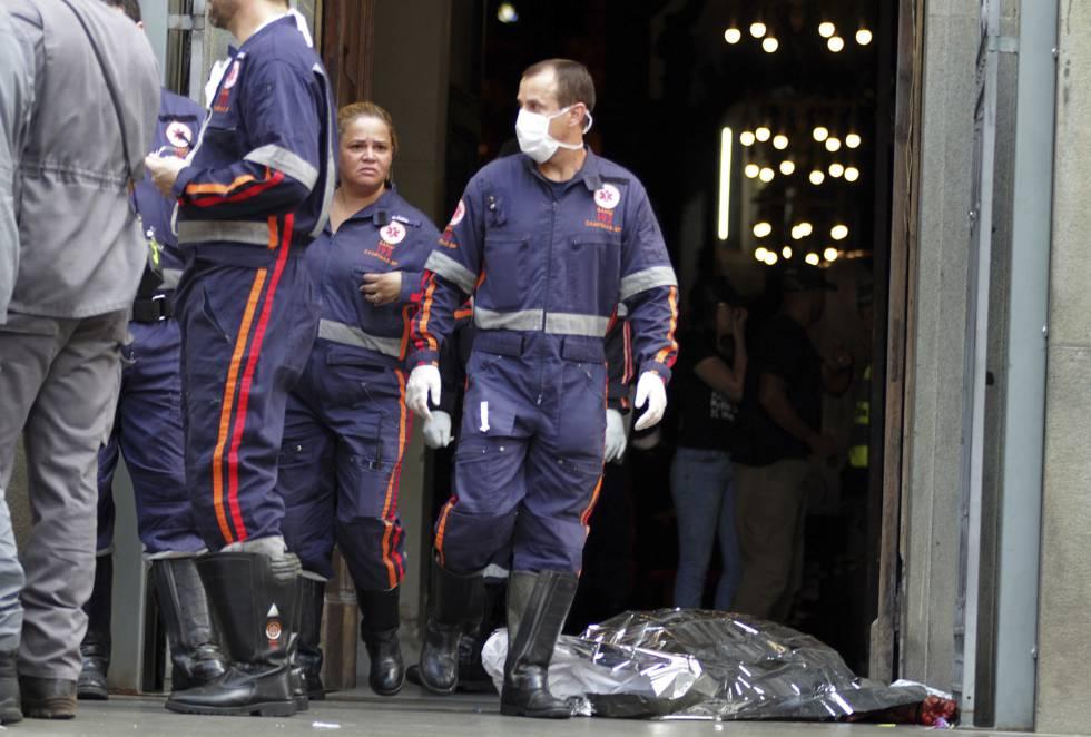 4ce19d71d4 Homem abre fogo dentro de Catedral de Campinas e deixa mortos e feridos