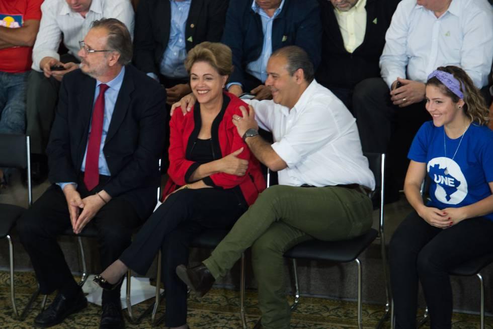 Vagner Freitas com a então presidenta Dilma Rousseff, em 2015.